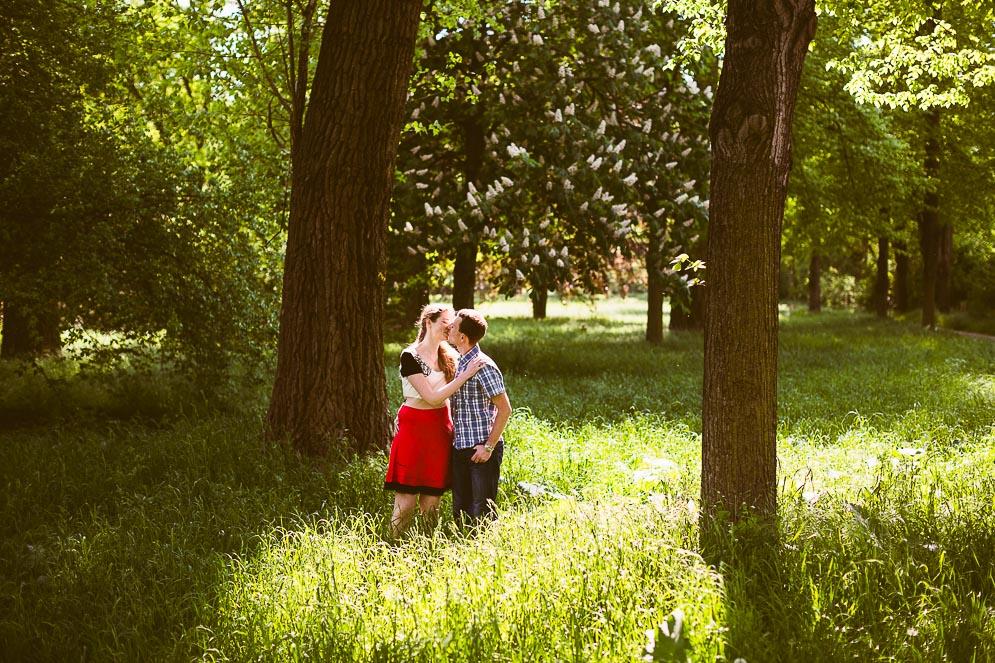 Verlobungsfoto im Paradies Jena, Steffen Walther Fotograf Jena Thüringen