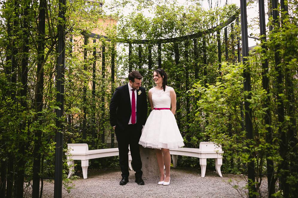 Hochzeitsfotograf Steigenberger Esplanade Jena, Brautpaarfotos Schillergarten Jena, Fotograf Jena Thüringen