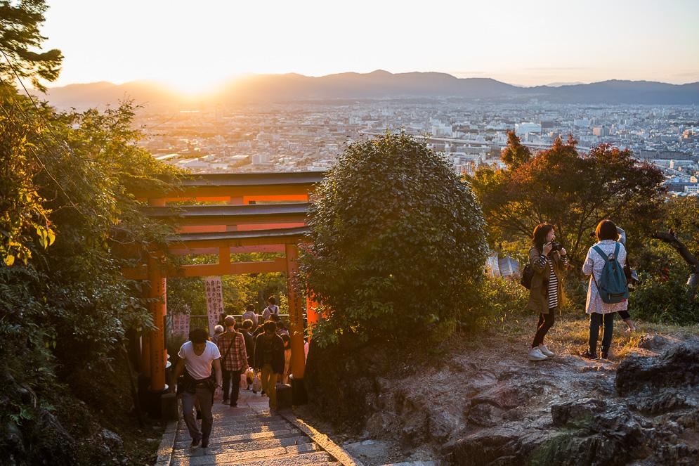 Momiji Japan im Herbst, Reisefotografie, kyoto, fushimi inari